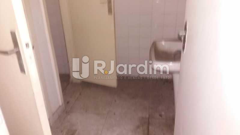 Banheiro - Prédio PARA ALUGAR, Humaitá, Rio de Janeiro, RJ - LAPR00034 - 26