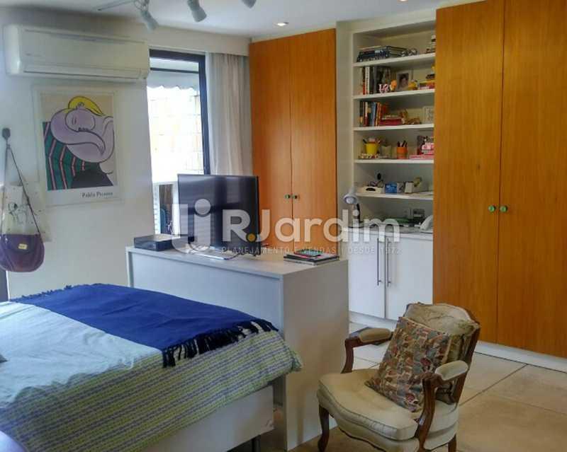 Quarto suíte 2º piso - Sofisticadíssima Cobertura 500 m² no mais completo e cobiçado condomínio da Lagoa - LACO50030 - 26