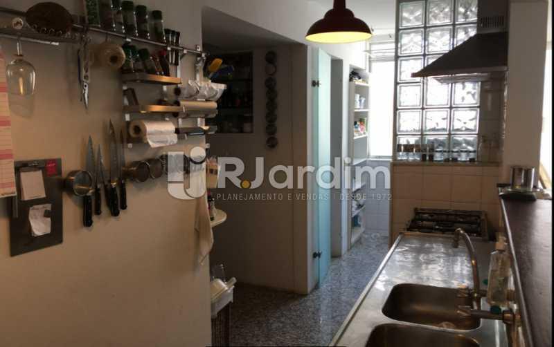 cozinha - Cobertura À VENDA, Laranjeiras, Rio de Janeiro, RJ - LACO30241 - 17