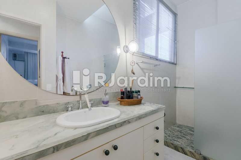 Banheiro social - Apartamento à venda Rua Santa Clara,Copacabana, Zona Sul,Rio de Janeiro - R$ 1.850.000 - LAAP40668 - 16