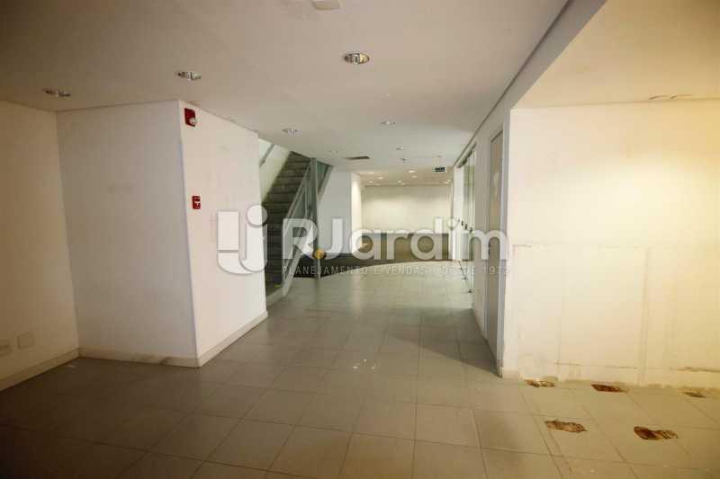 Salão térreo - Loja Comercial Barra da Tijuca Aluguel Administração Imóveis - LALJ00117 - 3