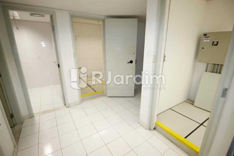 Área de telefonia - Loja Comercial Barra da Tijuca Aluguel Administração Imóveis - LALJ00117 - 14
