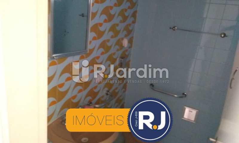 Banheiro Social 2 - Compra Venda Avaliação Imóveis Apartamento Copacabana 3 Quartos - LAAP31762 - 22