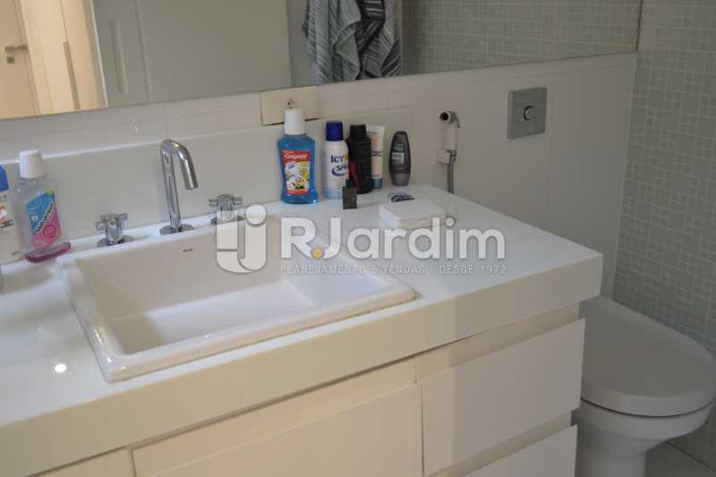 Banheiro Social - Apartamento À Venda Rua General Venâncio Flores,Leblon, Zona Sul,Rio de Janeiro - R$ 3.650.000 - LAAP31774 - 21