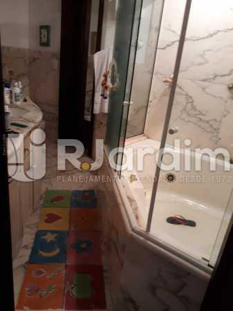 Banheiro suíte - Apartamento À VENDA, Copacabana, Rio de Janeiro, RJ - LAAP40685 - 15
