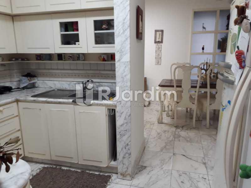 Cozinha - Apartamento À VENDA, Copacabana, Rio de Janeiro, RJ - LAAP40685 - 25