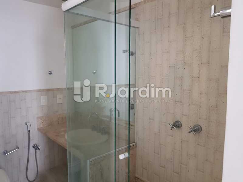 Banheiro suíte 1 - Apartamento À VENDA, Ipanema, Rio de Janeiro, RJ - LAAP40687 - 12