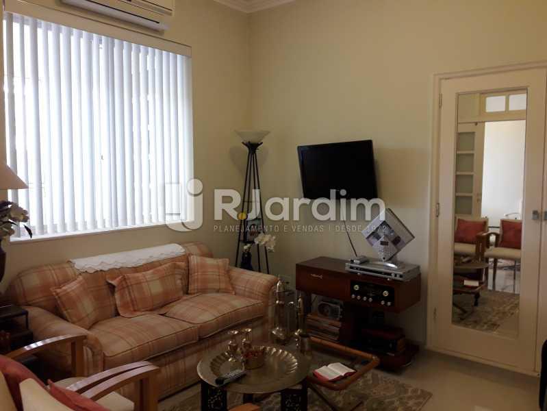 Quarto/ambiente de tv - Compra Venda Avaliação Imóveis Apartamento Copacabana 3 Quartos - LAAP31784 - 8