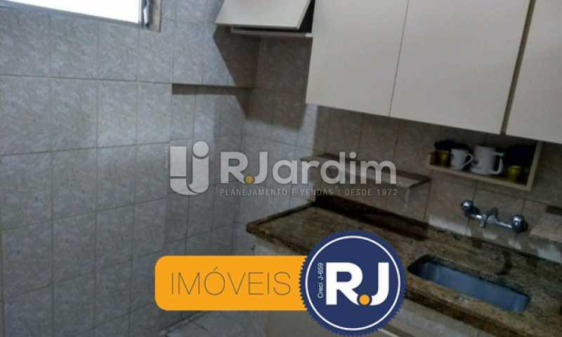 cozinha - Apartamento À VENDA, Copacabana, Rio de Janeiro, RJ - LAAP10304 - 17