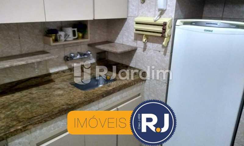 cozinha - Apartamento À VENDA, Copacabana, Rio de Janeiro, RJ - LAAP10304 - 18