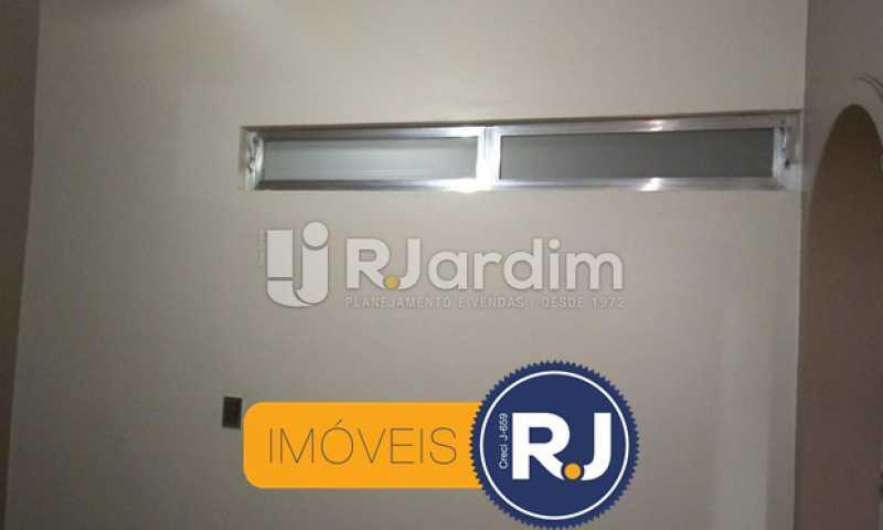 janela de circulação da sala - Apartamento À VENDA, Copacabana, Rio de Janeiro, RJ - LAAP10304 - 24