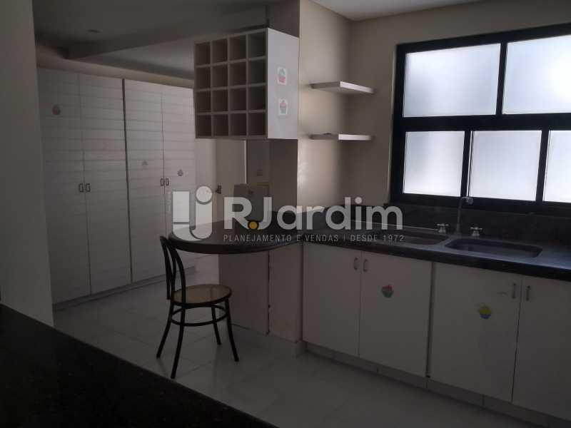 cozinha  - Cobertura Rua Aperana,Leblon, Zona Sul,Rio de Janeiro, RJ À Venda, 4 Quartos, 341m² - LACO40159 - 23
