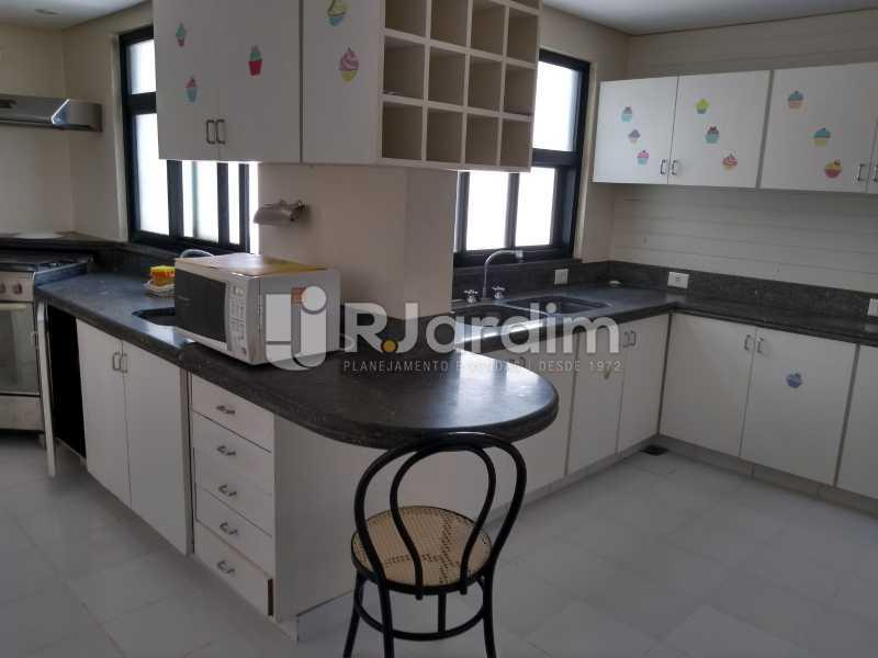 cozinha  - Cobertura Rua Aperana,Leblon, Zona Sul,Rio de Janeiro, RJ À Venda, 4 Quartos, 341m² - LACO40159 - 24