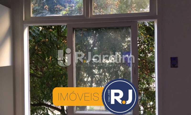 janela do quarto 1 - Apartamento À VENDA, Copacabana, Rio de Janeiro, RJ - LAAP21267 - 17