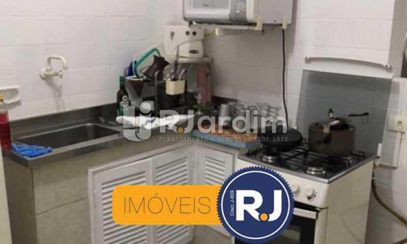 cozinha - Apartamento À VENDA, Copacabana, Rio de Janeiro, RJ - LAAP21267 - 21
