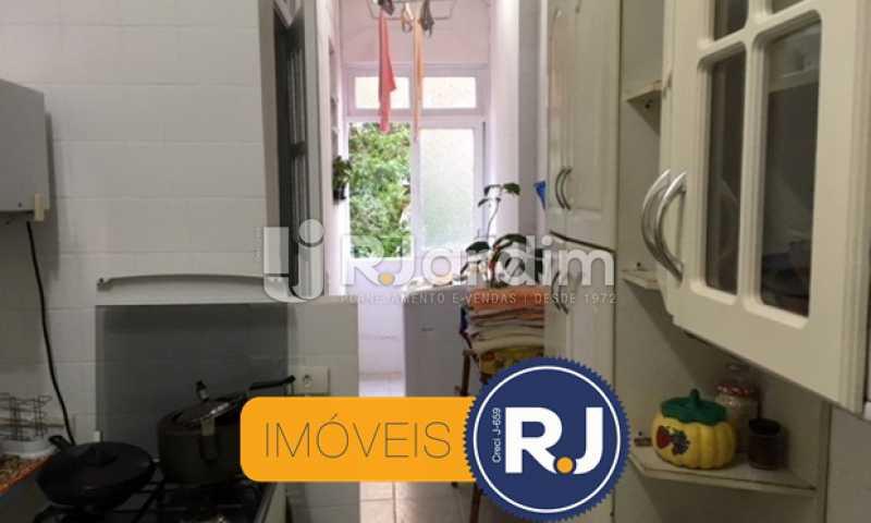 cozinha e área de serviço - Apartamento À VENDA, Copacabana, Rio de Janeiro, RJ - LAAP21267 - 23