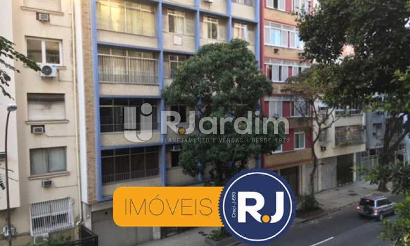 vista da sala - Apartamento À VENDA, Copacabana, Rio de Janeiro, RJ - LAAP21267 - 12