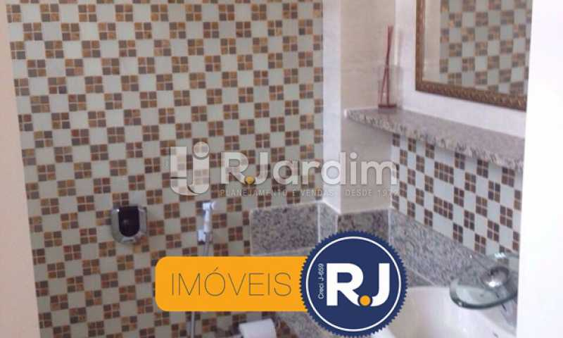 Banheiro Social - Kitnet/Conjugado À VENDA, Leblon, Rio de Janeiro, RJ - LAKI10026 - 15
