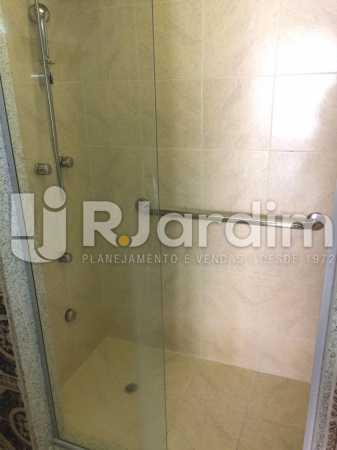 Banheiro suíte - Apartamento PARA ALUGAR, Copacabana, Rio de Janeiro, RJ - LAAP40697 - 14