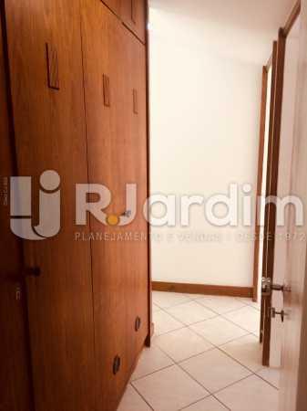Armário no corredor - Apartamento PARA ALUGAR, Copacabana, Rio de Janeiro, RJ - LAAP40697 - 5