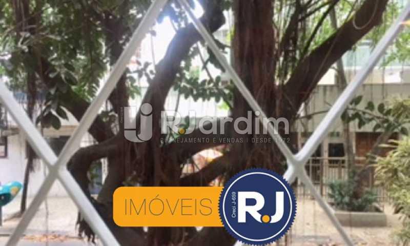 Vista da janela - Compra Venda Avaliação Imóveis Kitnet/Conjugado Ipanema - LAKI10029 - 3
