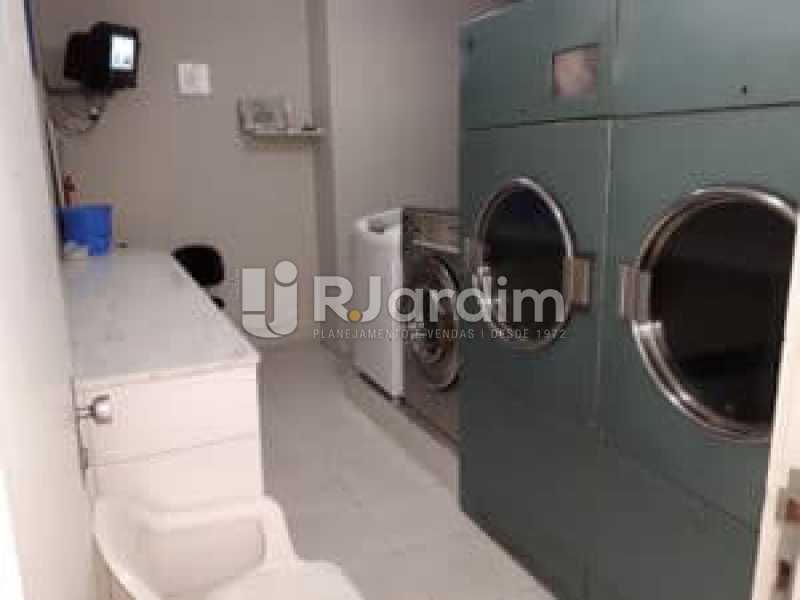 lavanderia  - Compra Venda Avaliação Imóveis Flat Residencial Humaitá 2 Quartos - LAFL20080 - 14