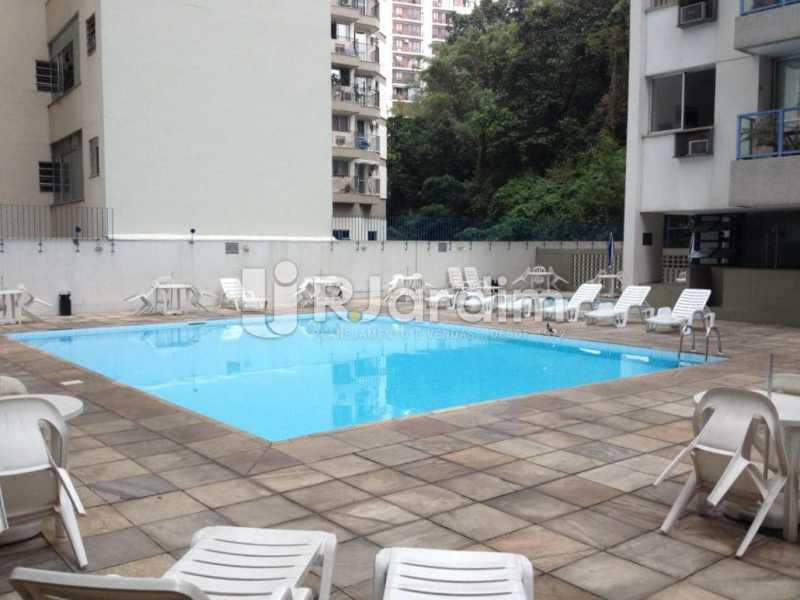 piscina  - Compra Venda Avaliação Imóveis Flat Residencial Humaitá 2 Quartos - LAFL20080 - 16