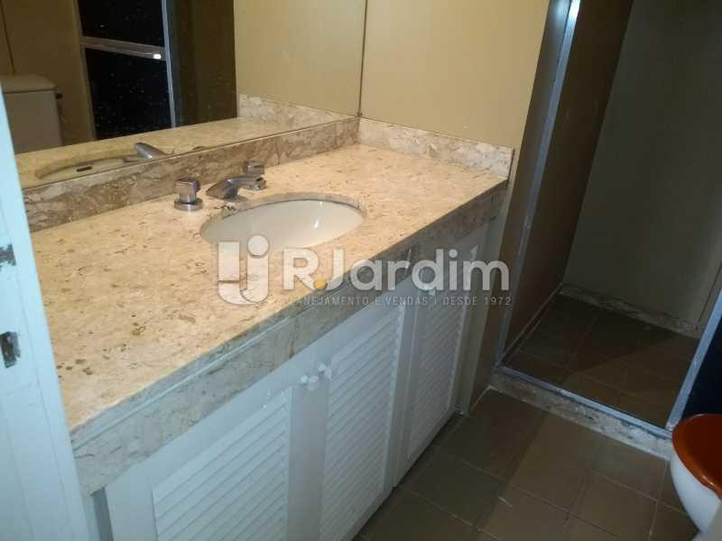 banheiro - Compra Venda Avaliação Imóveis Flat Residencial Humaitá 2 Quartos - LAFL20080 - 22