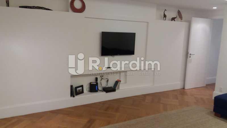 Sala íntima - Compra Venda Avaliação Imóveis Apartamento Leblon 3 Quartos - LAAP31838 - 8