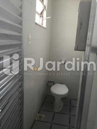 banheiro serviço - Imóveis Aluguel Cobertura Linear Botafogo 1 Quarto - LACO10019 - 14