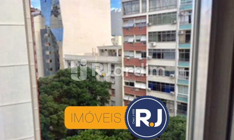 Vista da janela - Compra Venda Avaliação Imóveis Apartamento Copacabana 1 Quarto - LAAP10323 - 1