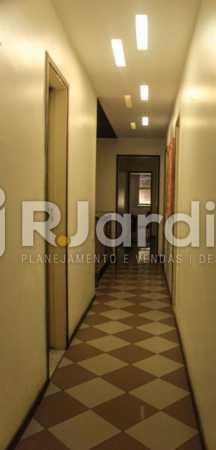 Corredor - Compra Venda Avaliação Imóveis Apartamento Copacabana 4 Quartos - LAAP40721 - 8