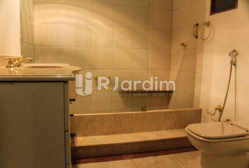 Banheiro - Compra Venda Avaliação Imóveis Apartamento Copacabana 4 Quartos - LAAP40721 - 12