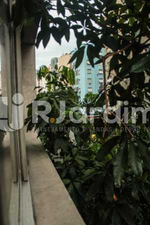 Vista da janela - Compra Venda Avaliação Imóveis Apartamento Copacabana 4 Quartos - LAAP40721 - 21