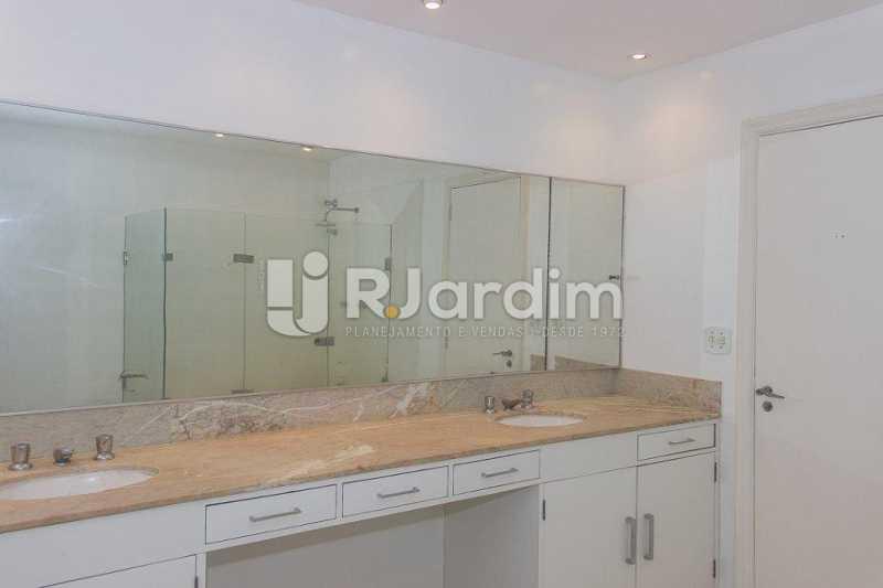 banheiro suíte - Compra Venda Avaliação Imóveis Apartamento Flamengo 4 Quartos - LAAP40722 - 24
