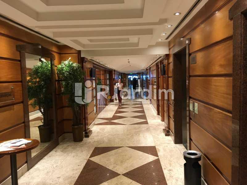 corredor elevador - Andar À Venda - Centro - Rio de Janeiro - RJ - LAAN00031 - 11