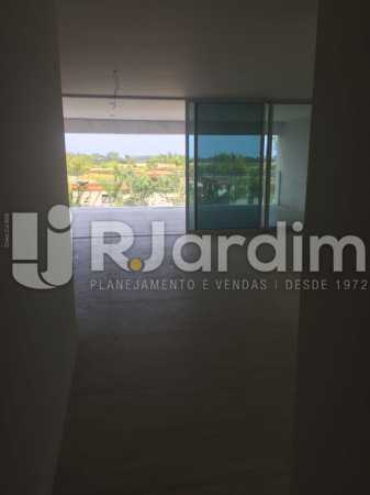 SALA - Compra Venda Avaliação Imóveis Apartamento Barra da Tijuca 4 Quartos - LAAP40723 - 9
