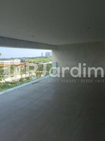 VARANDA - Compra Venda Avaliação Imóveis Apartamento Barra da Tijuca 4 Quartos - LAAP40723 - 12