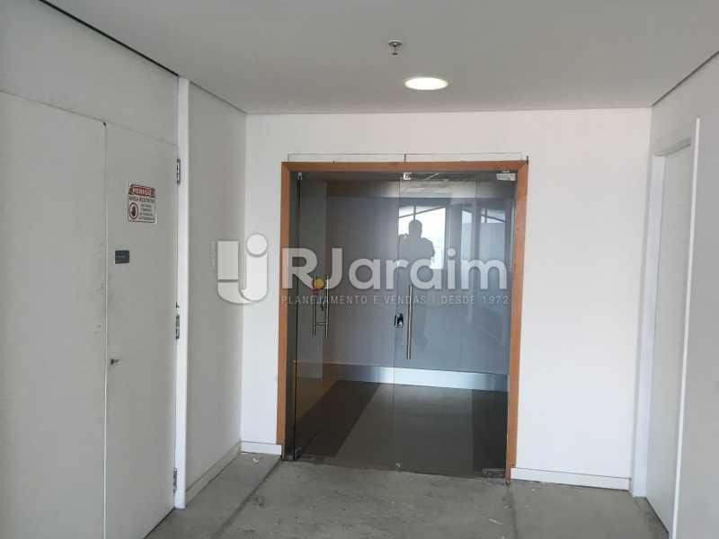 hall corredor - Sala Comercial Avenida Rio Branco,Centro, Zona Central,Rio de Janeiro, RJ Para Alugar, 141m² - LASL00179 - 12