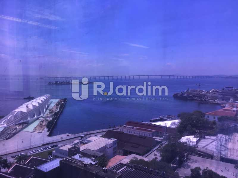 vista da sala - Aluguel Administração Imóveis Sala Comercial Centro - LASL00180 - 13
