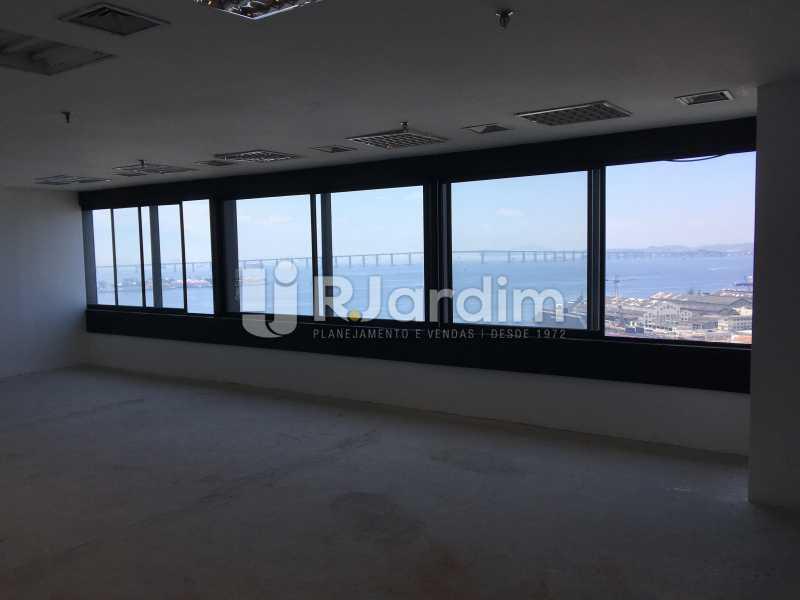 vista da sala - Aluguel Administração Imóveis Sala Comercial Centro - LASL00180 - 15
