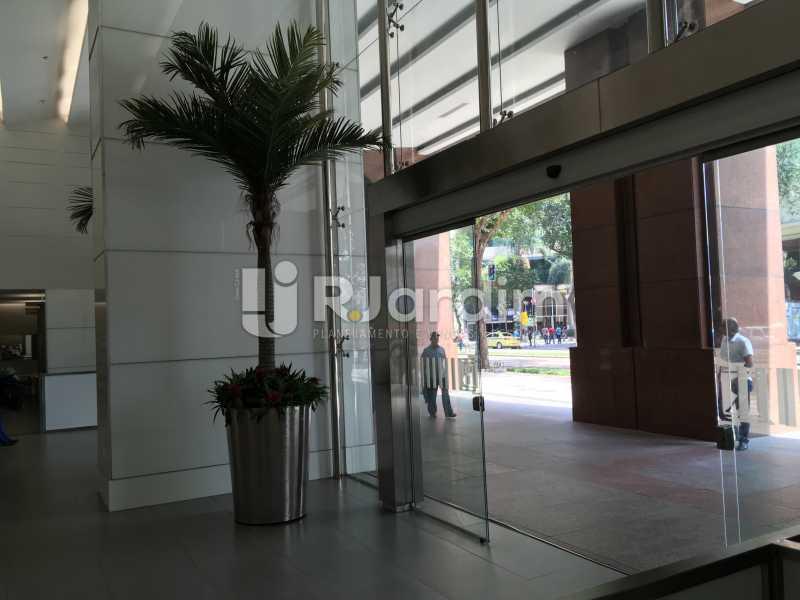 entrada do prédio - Aluguel Administração Imóveis Sala Comercial Centro - LASL00180 - 7