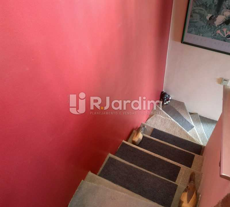escada linear  - Compra Venda Avaliação Imóveis Cobertura Lagoa 2 Quartos - LACO20092 - 18