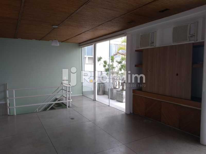 sala/varanda segundo piso - Cobertura À Venda - Ipanema - Rio de Janeiro - RJ - LACO30258 - 14