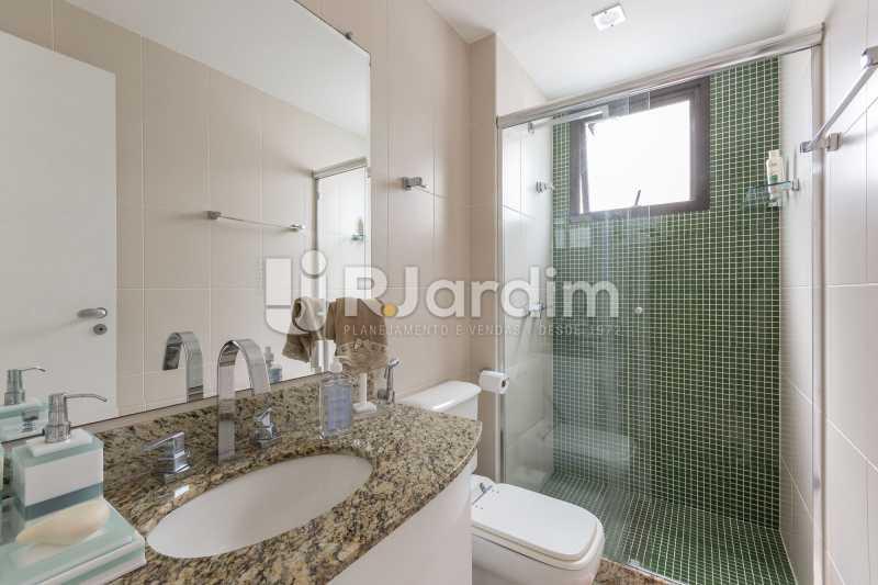 Banheiro social - Apartamento À Venda - Barra da Tijuca - Rio de Janeiro - RJ - LAAP31885 - 9