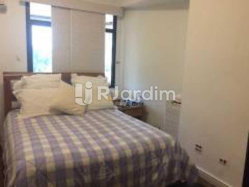 Suíte - Apartamento Jardim Botânico 3 Quartos Aluguel Administração Imóveis - LAAP31889 - 12
