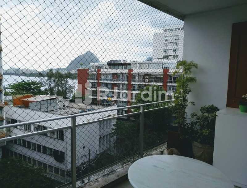 Vista Lagoa / terraço - Cobertura para venda Avenida Alexandre Ferreira,Lagoa, Zona Sul,Rio de Janeiro - R$ 2.600.000 - LACO30259 - 3