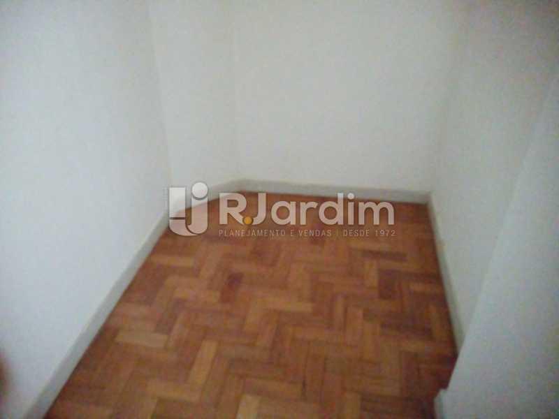 Quarto empregado - Aluguel Administração Imóveis Apartamento Leblon 1 Quarto - LAAP10333 - 11