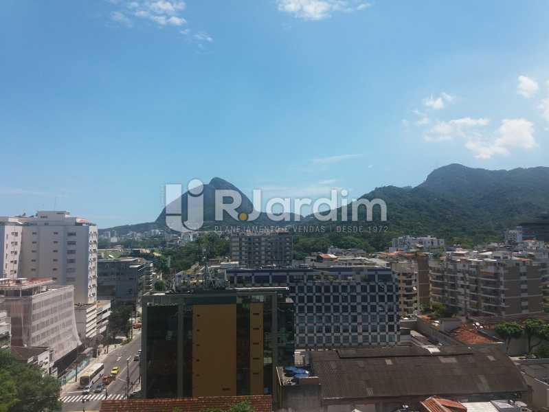 Vista sala - Apartamento à venda Rua Jardim Botânico,Jardim Botânico, Zona Sul,Rio de Janeiro - R$ 1.500.000 - LAAP31907 - 1
