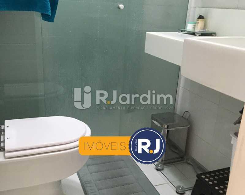 banheiro social - Apartamento À Venda - Copacabana - Rio de Janeiro - RJ - LAAP21358 - 19